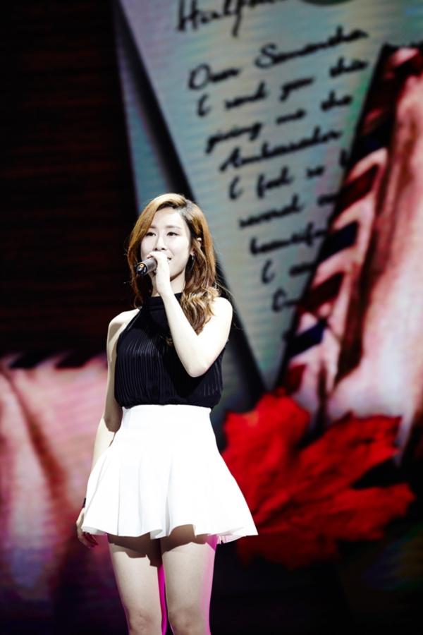 SM 실력파 R&B 가수 장리인, 중국의 밤을 뜨겁게 달구다!