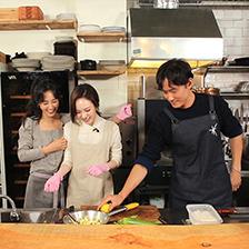 '유리한 식탁' 주인장 유리X배우 이열음 친자매 케미로 남다른 애정 과시