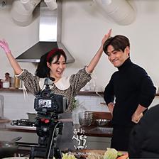 '유리한 식탁', 유리의 마지막 손님 'SM의 원조 비주얼 담당'은 누구?