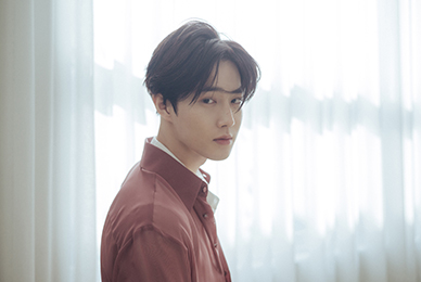 "EXO SUHO, solo debut D-DAY! Song's first solo album ""Self-Portrait"" released on the 30th!"