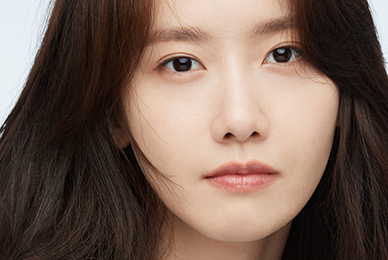 LIM YOONA, has been selected as one of the'KOREAN ACTORS 200'! Shows off her her perfect visual her in the pictorial for the KOFIC campaign